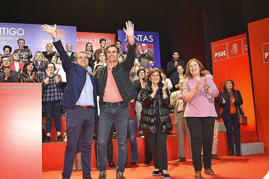José Manuel Franco, Pedro Sánchez, Carmen Calvo y Natalia de André_comienzo del acto