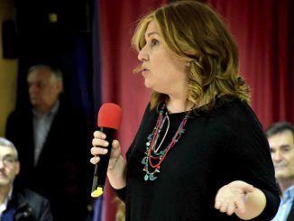 Natalia de Andrés en la Asamblea Abierta