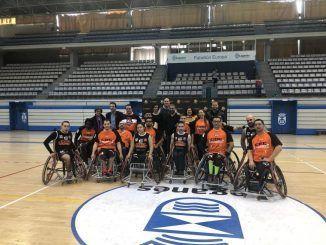 El equipo de baloncesto en silla de ruedas Legabasket BSR-FDI celebra su primer partido de la temporada en casa