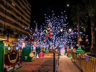 """Instalado en Getafe un """"bosque del reciclaje"""" para participar en las fiestas navideñas y concienciar sobre el medioambiente"""
