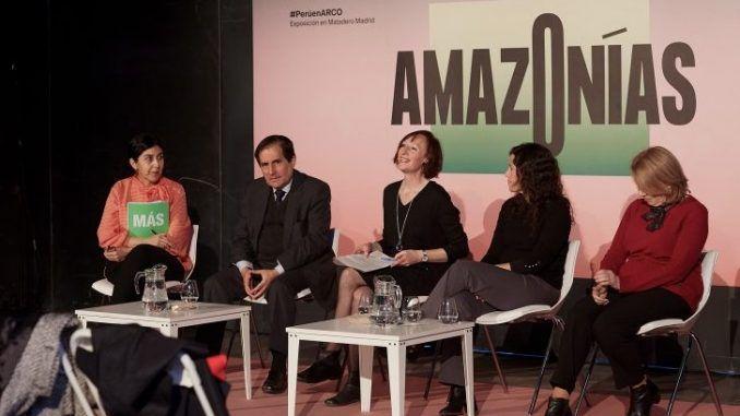 Amazonías, un acercamiento a la Amazonía peruana a través de la mirada de 47 artistas contemporáneos y piezas tradicionales