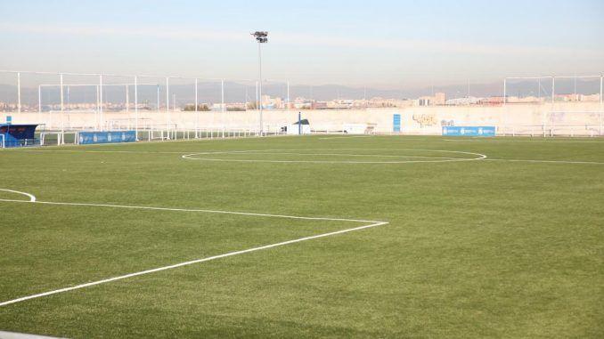 Comienzan las obras en los vestuarios del campo de fútbol de El Naranjo
