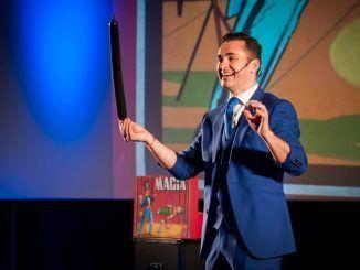 """Karim y su comedia """"mago por un día"""" visitan Alcorcón para ofrecer un repaso a todas las disciplinas mágicas"""