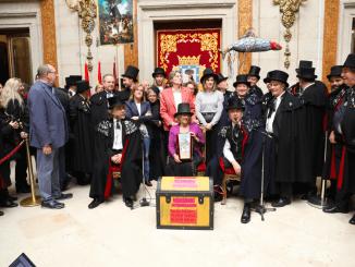 Madrid se despide del carnaval con la Alegre Cofradía del Entierro de la Sardina