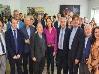 Reyes Maroto, ministra de industria, visita el polígono industrial de Cobo Calleja, Fuenlabrada