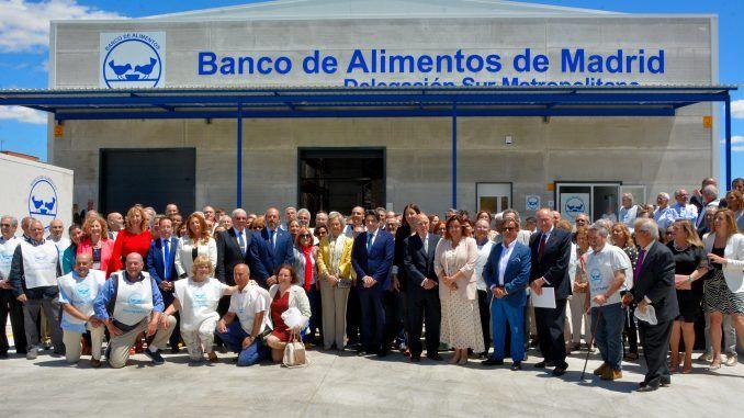 La Reina Sofía inaugura el Banco de Alimentos de Madrid en Alcorcón