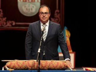 El PP denuncia que Llorente amordaza a la oposición al cancelar el pleno de julio y no fijar una nueva fecha