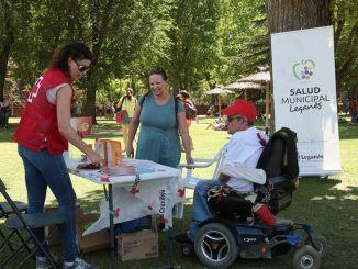 Voluntarias de la campaña de prevención sobre el sol y las altas temperaturas de Leganés