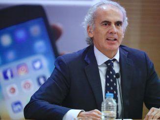 Enrique Ruiz Escudero, consejero de Sanidad, en la presentación de la nueva aplicación.