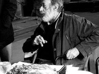 Toni Zuccheri, escultor y diseñador en vidrio.