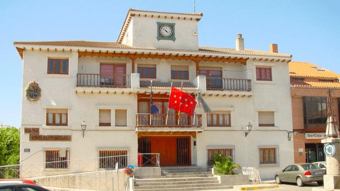 Reabre el Centro de Mayores de Arroyomolinos.