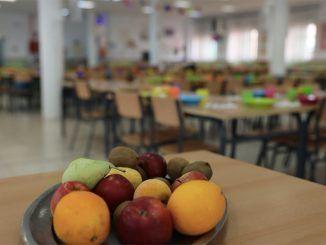 Ayuntamiento retira los alimentos que quedaron en las cocinas de los colegios y los entrega a ONGs