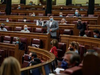 Batet exige contención tras una bronca sesión por las acusaciones sobre la casa real