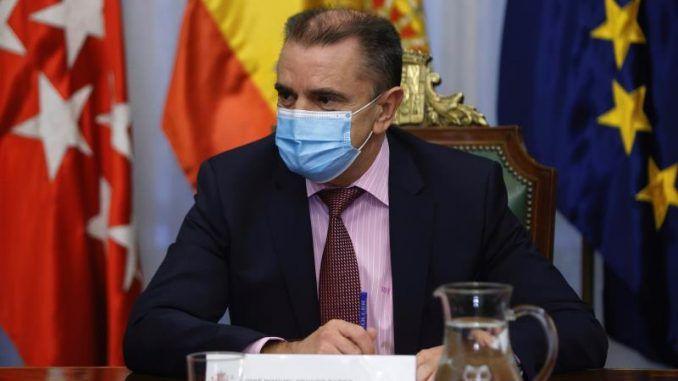 Comunidad y Ayuntamiento piden una reunión con Franco por cortes de luz en Cañada