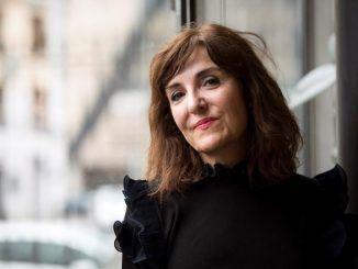 La escritora y periodista Elvira Lindo.