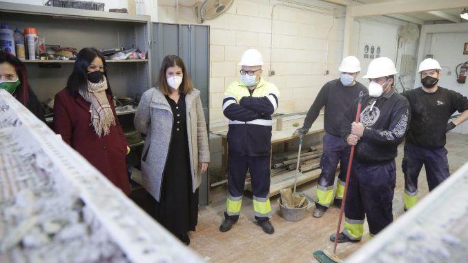 La Alcaldesa Visita El Centro En El Que Se Lleva A Cabo El Programa De Alternancia De Formacion Y Empleo De Mostoles Desarrollo