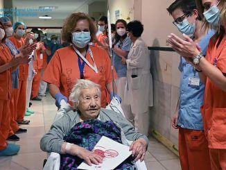 Elena se ha convertido en el paciente 4.149 dada de alta por curación de la Covid-19 en el Marañón.