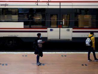Cae una banda dedicada al robo de baterías en estaciones de tren de Madrid