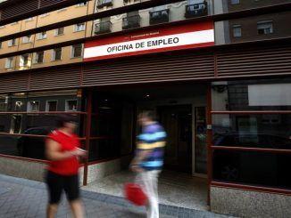 La covid hizo cerrar 2020 con 127.700 parados más en Madrid, según la EPA