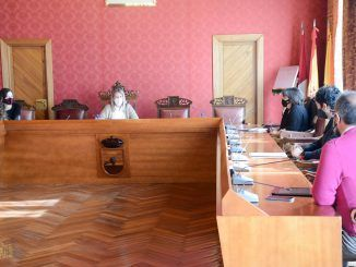 Inmaculada Jiménez se reúne con el equipo directivo del IES García Pavón
