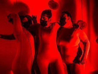 Grupo Amas Escena Teatro del Barrio Nadie se tiñe de rojo