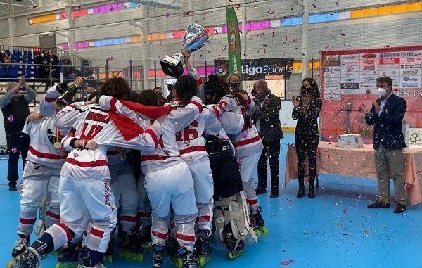 Tres Cantos PC campeón de la copa de la reina de hockey línea 2021