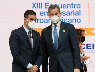 """Sánchez pide """"unión y diálogo"""" para superar """"el último tramo"""" de la pandemia"""