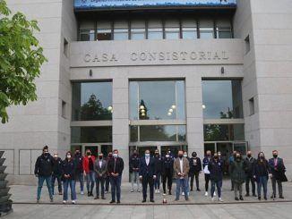 el Ynsadiet Baloncesto Leganés en la Casa Consistorial de Leganés