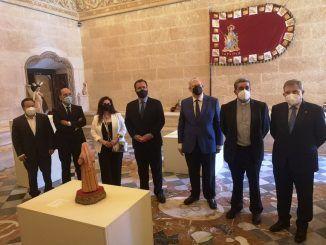 Ayer 7 de mayo, se inauguró la exposición 'AmparArte', que podrá ser visitada hasta el próximo día 28 en el Ayuntamiento de Sevilla.