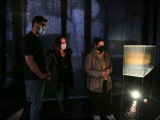 "Exposición ""Humo oro proceso de anagnórisis"