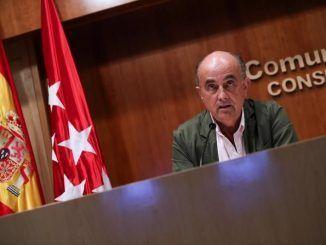 El viceconsejero de Salud Pública y Plan Covid-19 de la Comunidad de Madrid, Antonio Zapatero, durante la rueda de prensa.