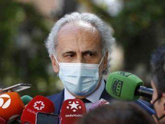 El consejero de Sanidad de Madrid, Enrique Ruiz Escudero. EFE/Javier Lizón